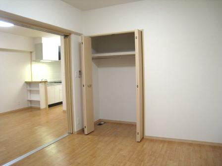 クラールハウスC 202号室の収納