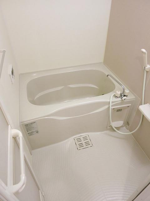 プリムラⅡ 201号室の風呂