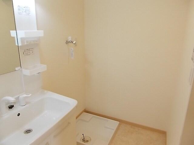 エテルノ・グラート 203号室の洗面所