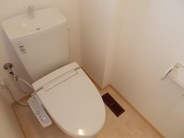 エテルノ・グラート 203号室のトイレ