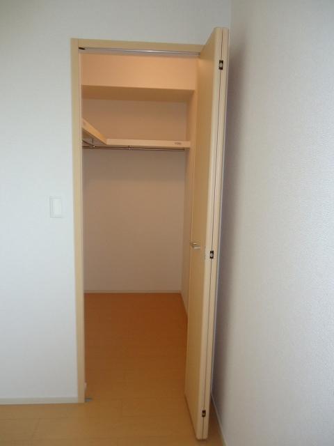 グランド チェリー 202号室の収納