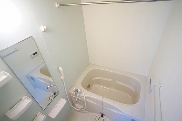 プレッソB 01020号室の風呂