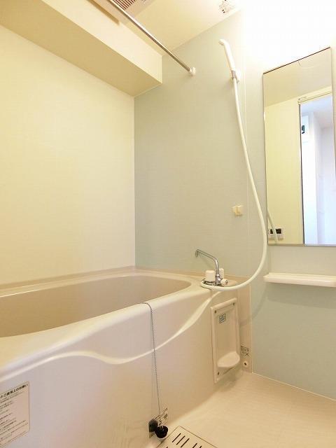ドマーニ A 03030号室の風呂