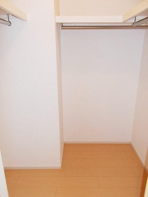 モーダ・パラッツォ 101号室の収納