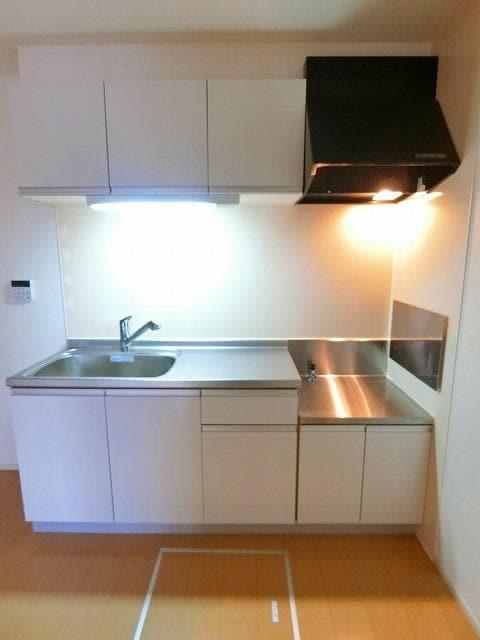 ルピナス・グリーンB 01030号室のキッチン
