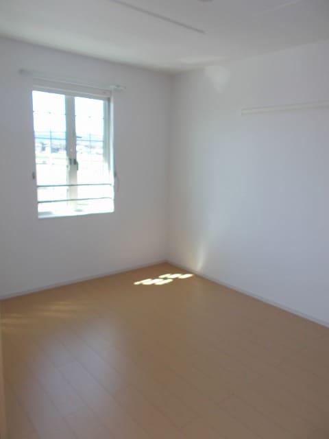 サン・フィオーレ 02030号室の居室