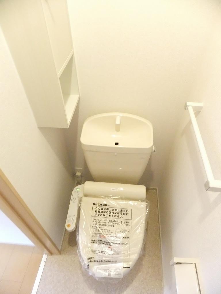 ネクスト サンハイツ 101号室のトイレ