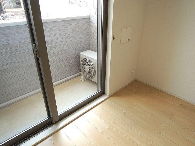 リュミエール オーブ 01050号室のバルコニー