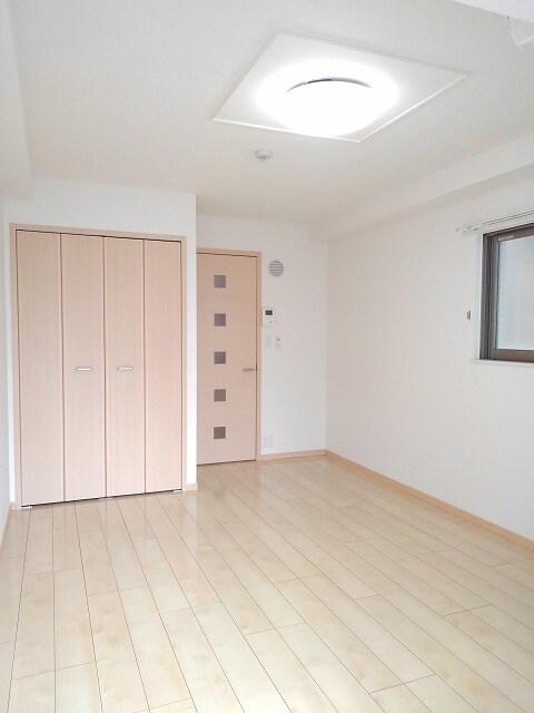 ヴィオラ プリート 03010号室のベッドルーム