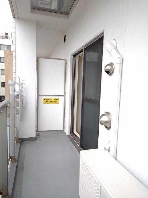 ヴィオラ プリート 03010号室のバルコニー