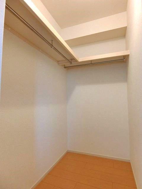 アンジュ・パッセA 01030号室の収納