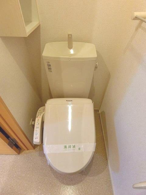 アンジュ・パッセA 01030号室のトイレ
