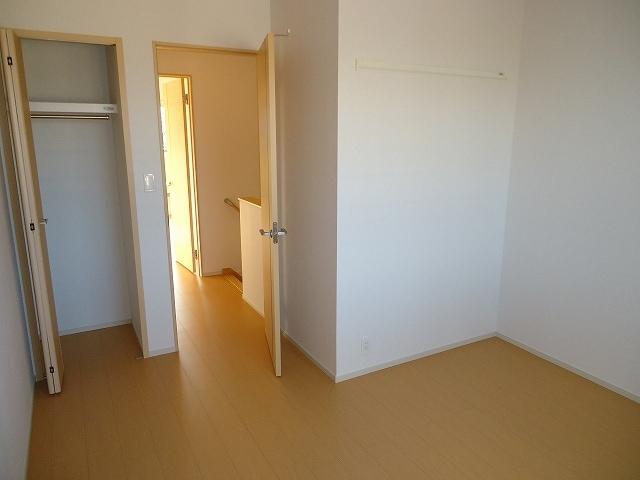 Viola弐番館 205号室の収納