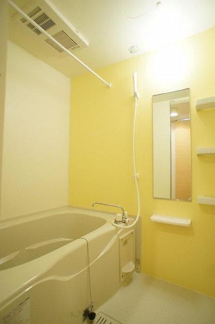 RI BIN 01040号室の風呂