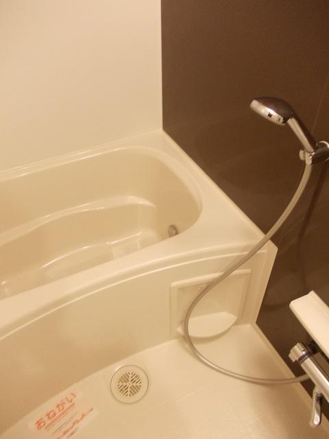 コーポ勢多Ⅷ番館 201号室の風呂
