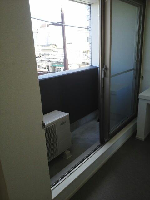 グランコーナ高崎 03040号室のバルコニー