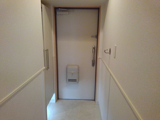 京悠館 305号室の洗面所