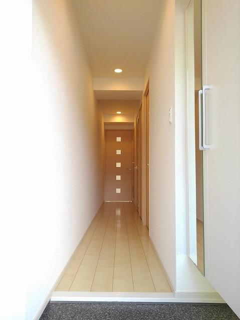 アンジュ 01020号室の玄関