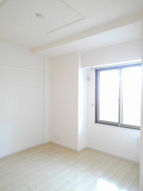 アンジュ 01020号室のベッドルーム