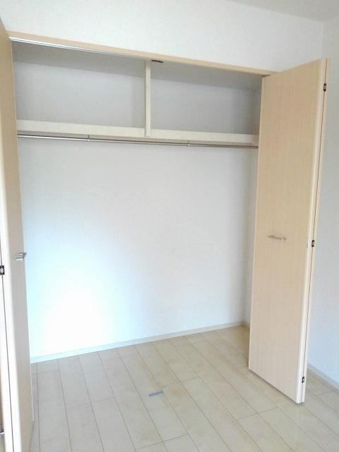 アンジュ 01020号室の収納