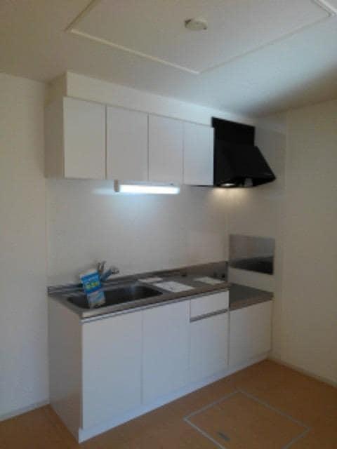 ルミエールⅢ 104号室のキッチン