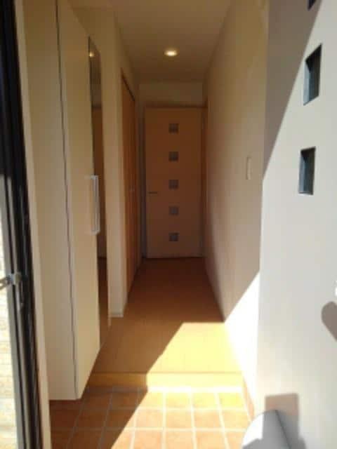 ルミエールⅢ 104号室の玄関