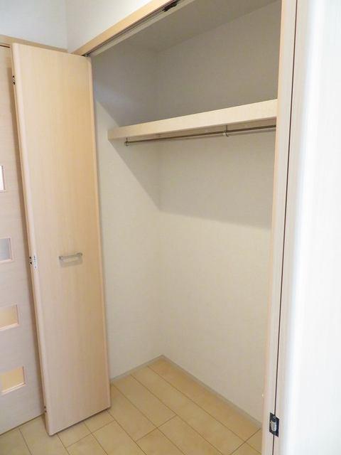 チェリーテラス 205号室の収納