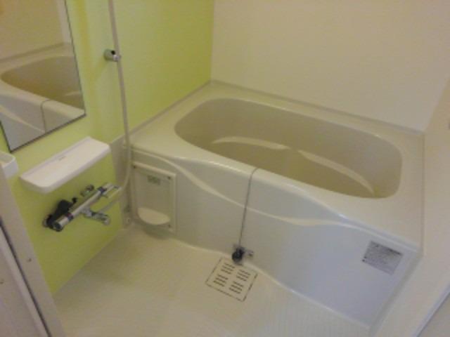 ショコラA 01020号室の風呂