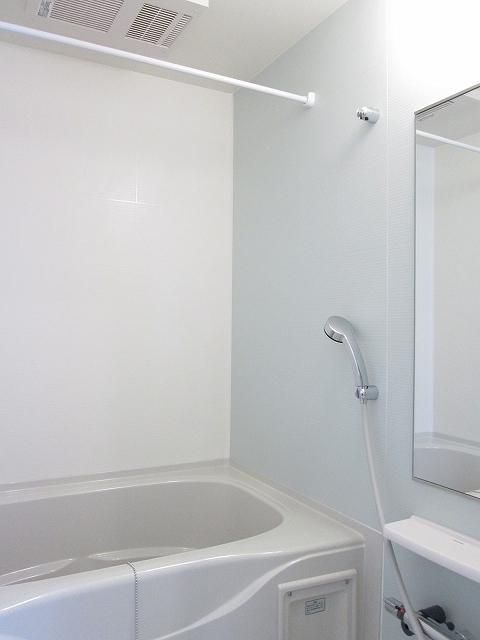 レスポワール 02010号室の風呂