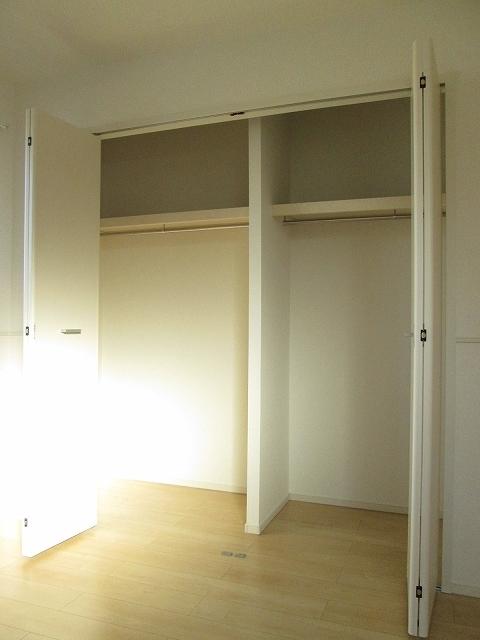 レスポワール 02010号室の収納