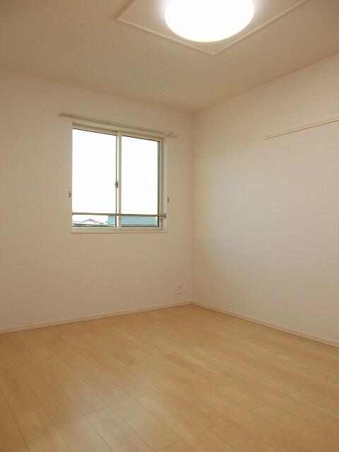 セリーナ 202号室の居室