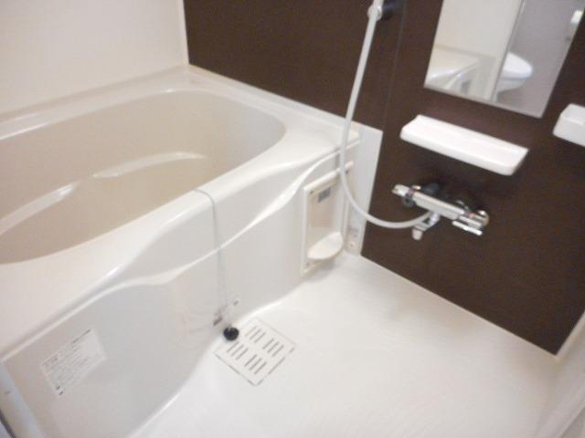 アライブ 国立 103号室の風呂