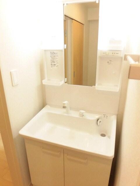 ウィークリー 202号室の洗面所