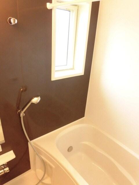 ウィークリー 202号室の風呂