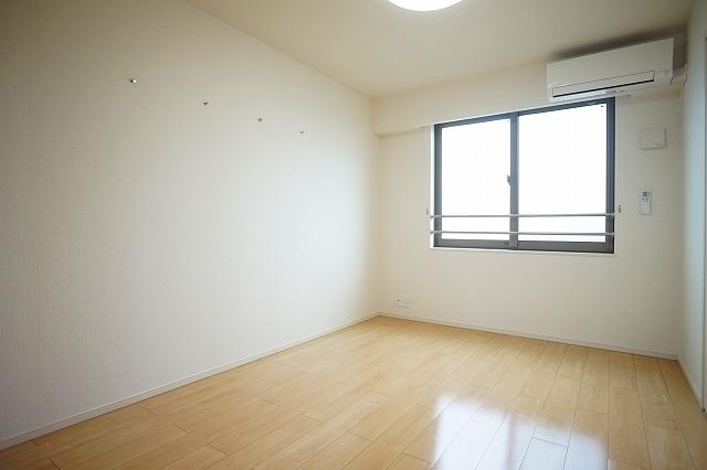 メゾン・フォレストB 03030号室の居室