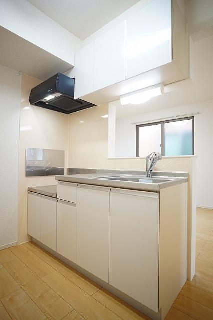 メゾン・フォレストB 03030号室のキッチン