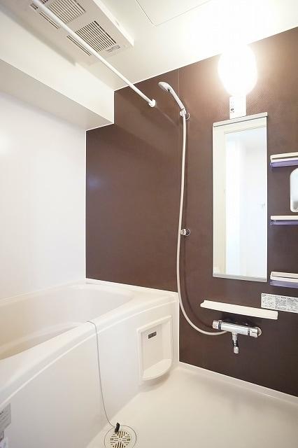 メゾン・フォレストB 03030号室の風呂