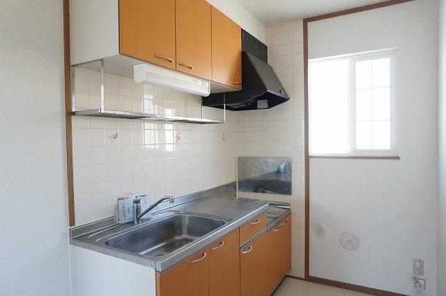 ファインローゼ ミヤベ 02010号室のキッチン