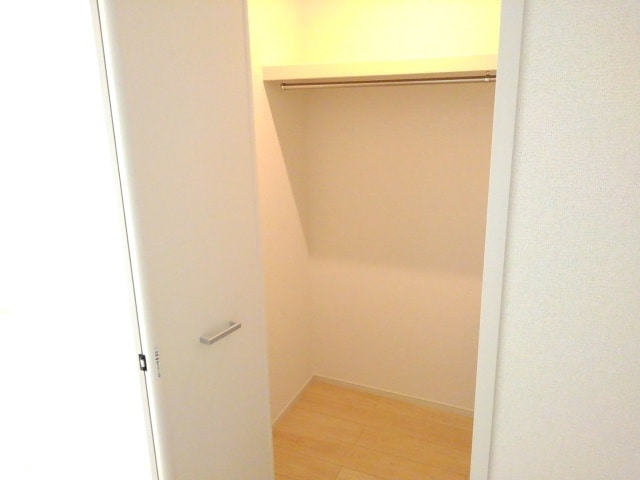 ブランジスタ並木 103号室の収納