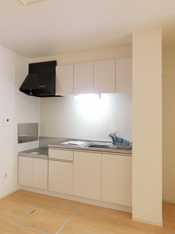 フィールドビーチ アマナ Ⅰ 01030号室のキッチン