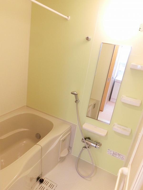 フィールドビーチ アマナ Ⅰ 01030号室の風呂