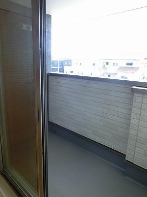 レガート春日Ⅰ 02010号室のバルコニー