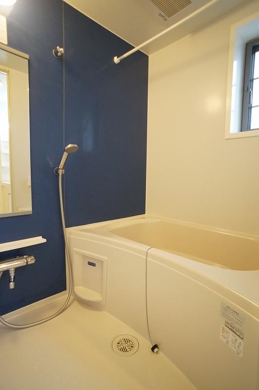 シャルマン A 201号室の風呂
