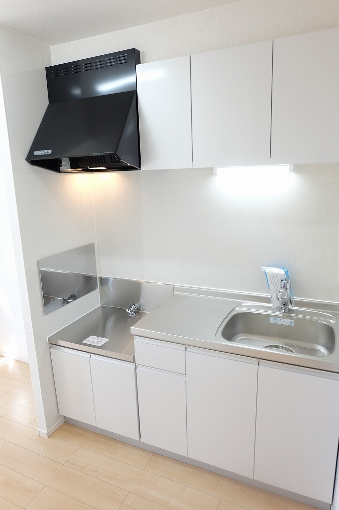 サン シャイン 202号室のキッチン