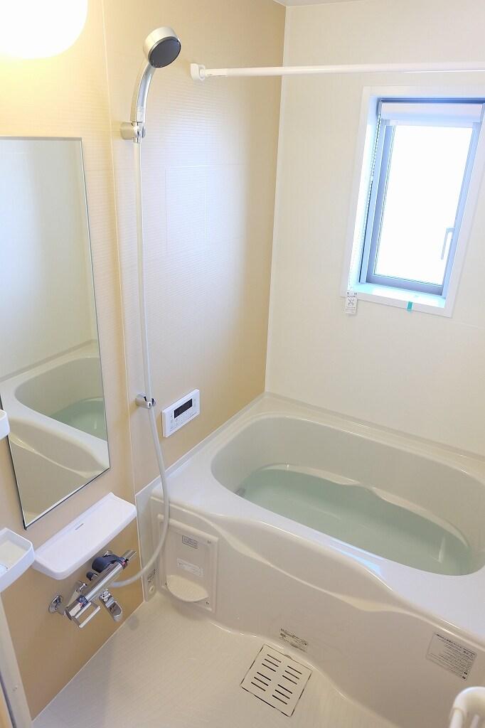 サン シャイン 202号室の風呂