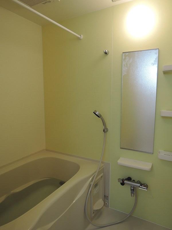 ライジングサンⅡ 203号室の風呂