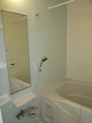 グリーンエバー 01040号室の風呂