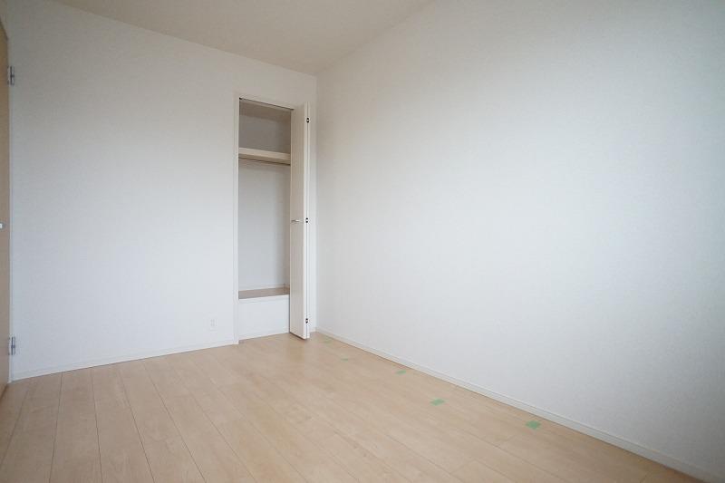 フィリアB 01010号室の居室