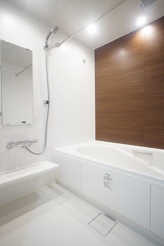 フィリアB 01010号室の風呂