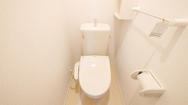インペリアルB 02020号室のトイレ
